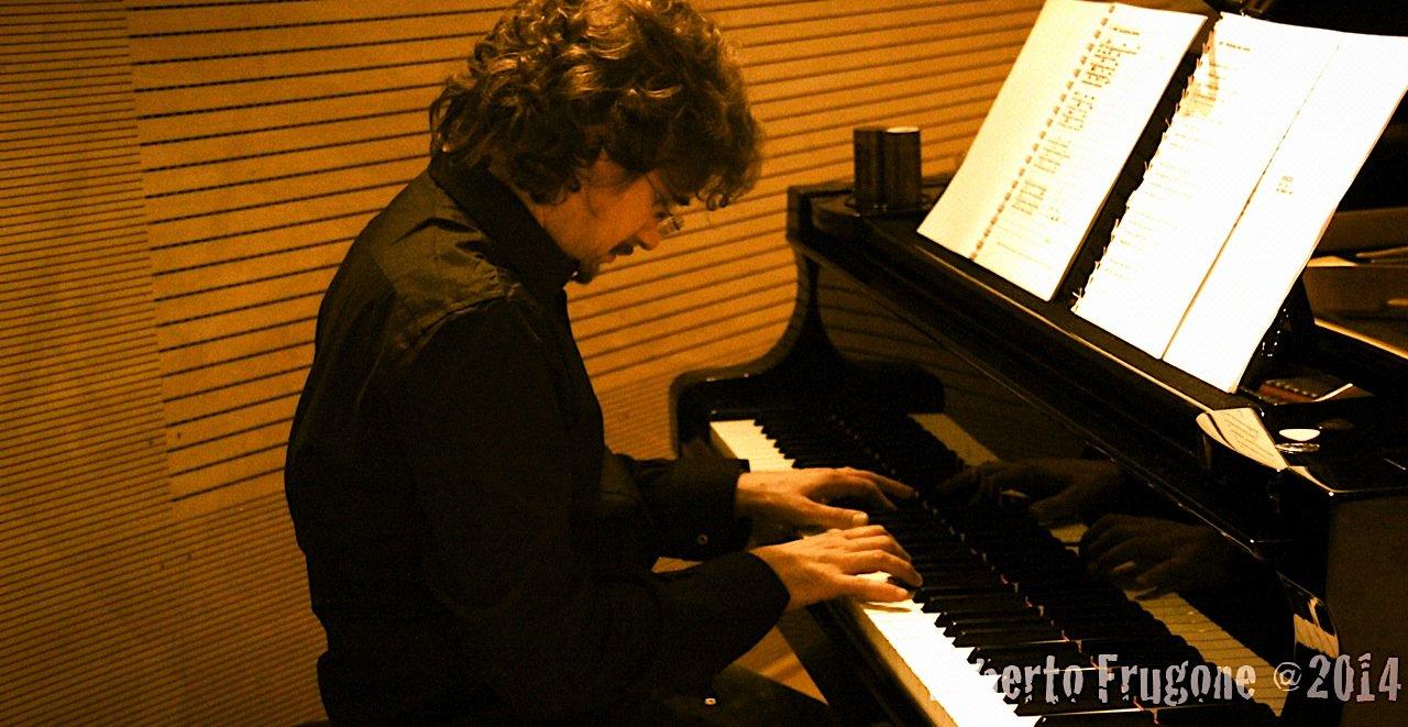 Roberto Frugone – Pianoforte coda 01
