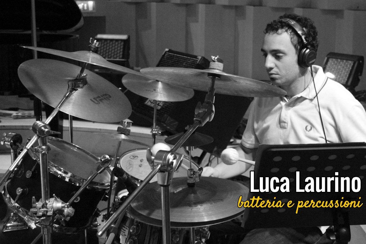 Luca Laurino – Batteria e percussioni