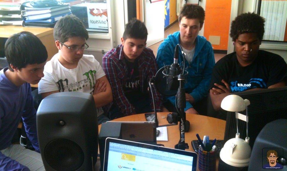 Redazione Web Radio Jeans Network Centro Giovani Chiavari – 17