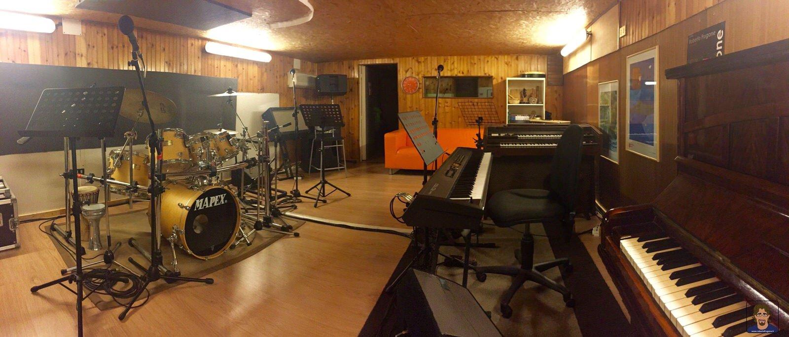 Totem Studio Sala Prove Musicali Casarza Ligure 01
