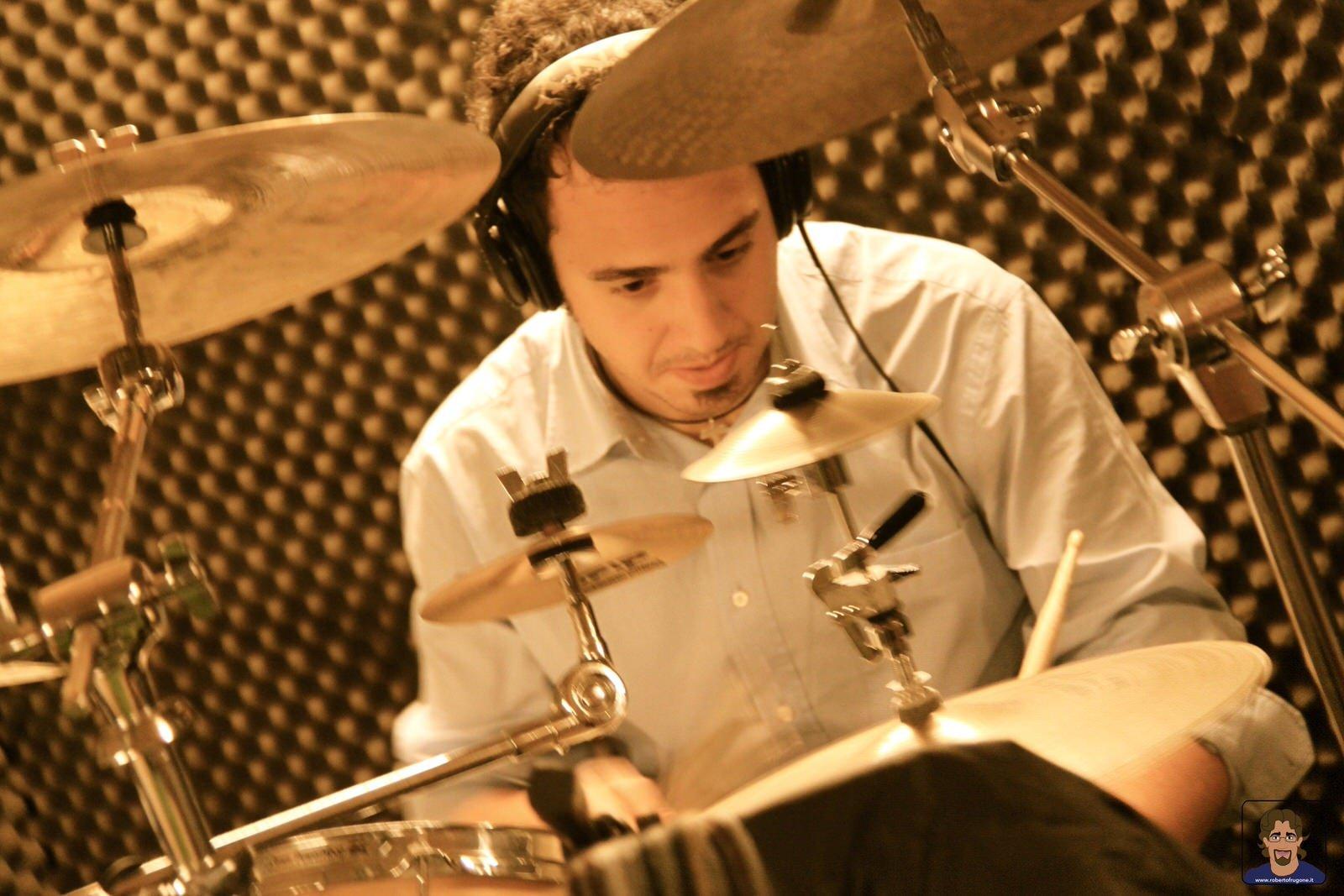 Totem Studio Sala Prove Musicali Casarza Ligure Luca Laurino batteria