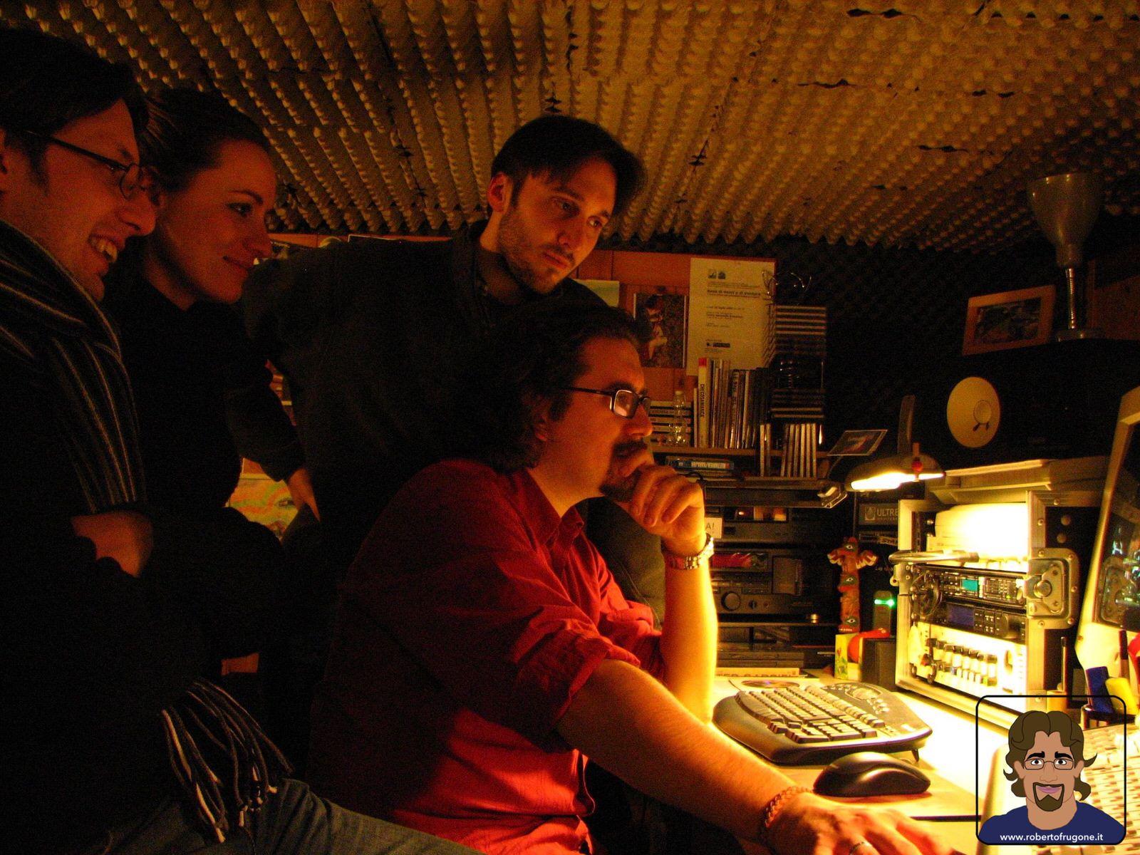 Totem Studio Sala Prove Musicali Casarza Ligure Roberto Frugone Band 2008 mixer – foto Claudia Sanguineti