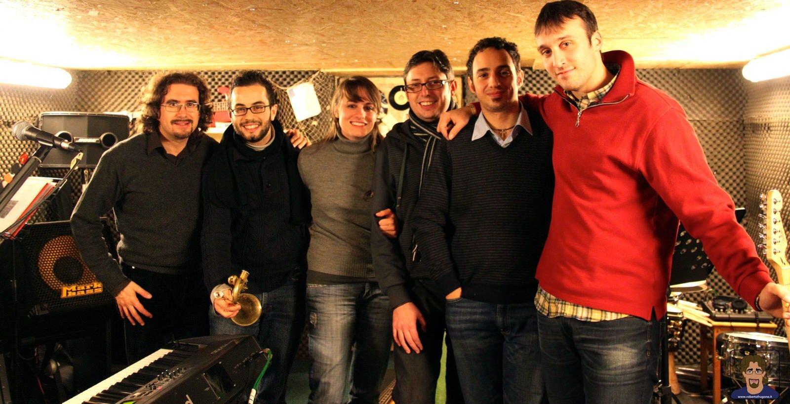 Totem Studio Sala Prove Musicali Casarza Ligure Roberto Frugone Band 2010