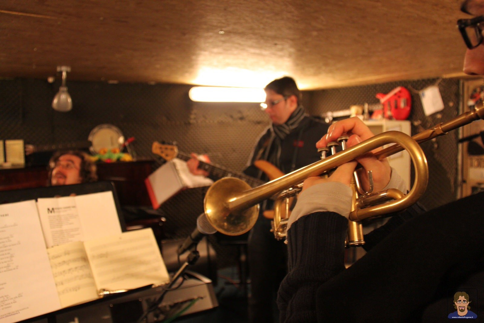 Totem Studio Sala Prove Musicali Casarza Ligure Roberto Frugone Band sessione 2010