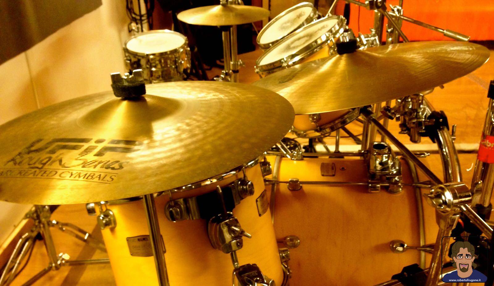 Totem Studio Sala Prove Musicali Casarza Ligure batteria Mapex