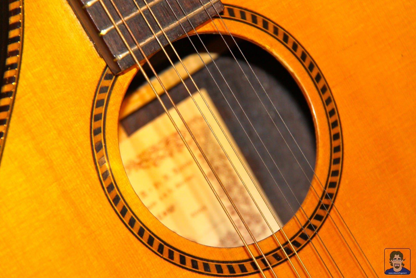 Totem Studio Sala Prove Musicali Casarza Ligure bouzouki