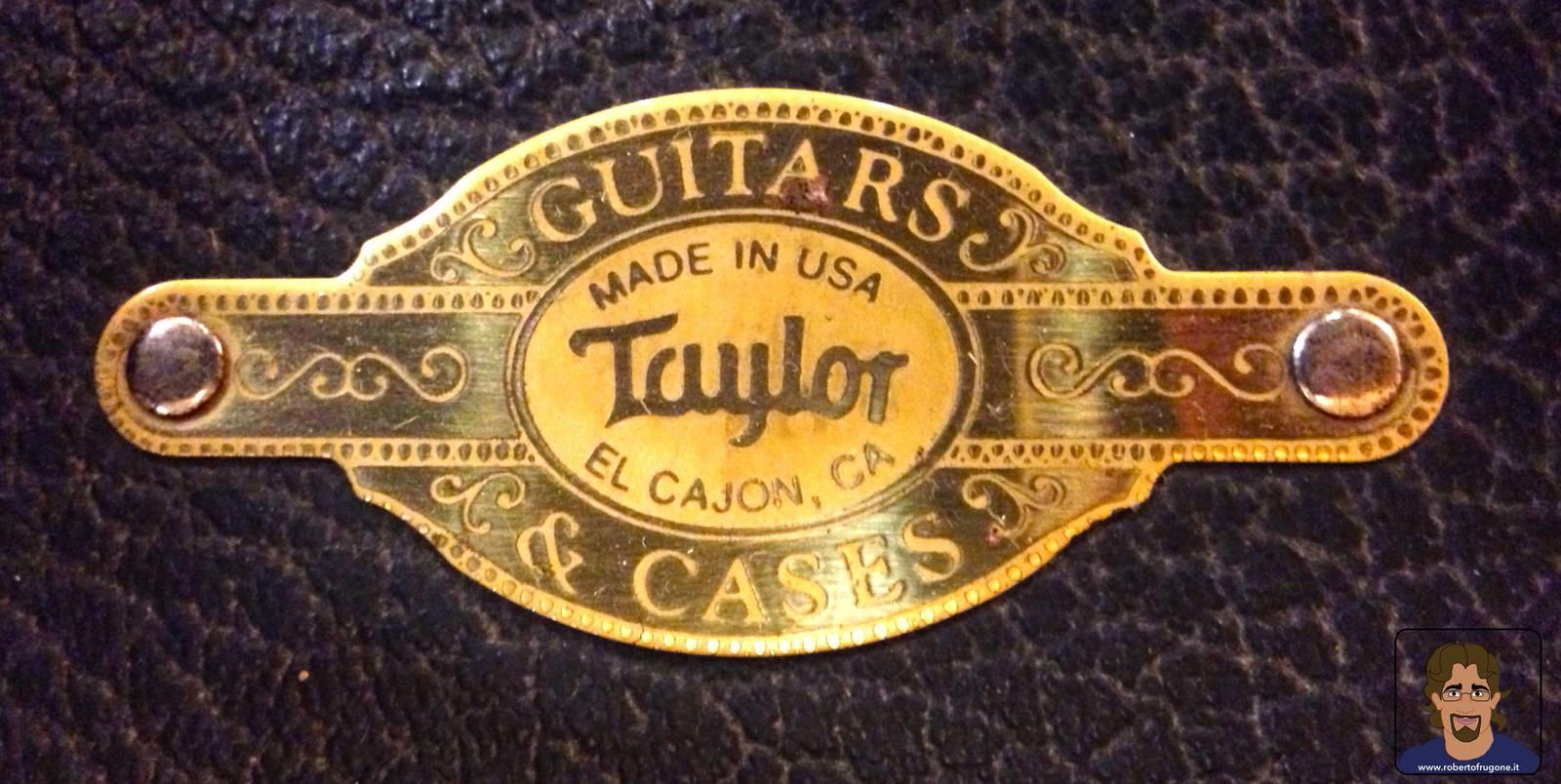 Totem Studio Sala Prove Musicali Casarza Ligure brand Taylor Guitars