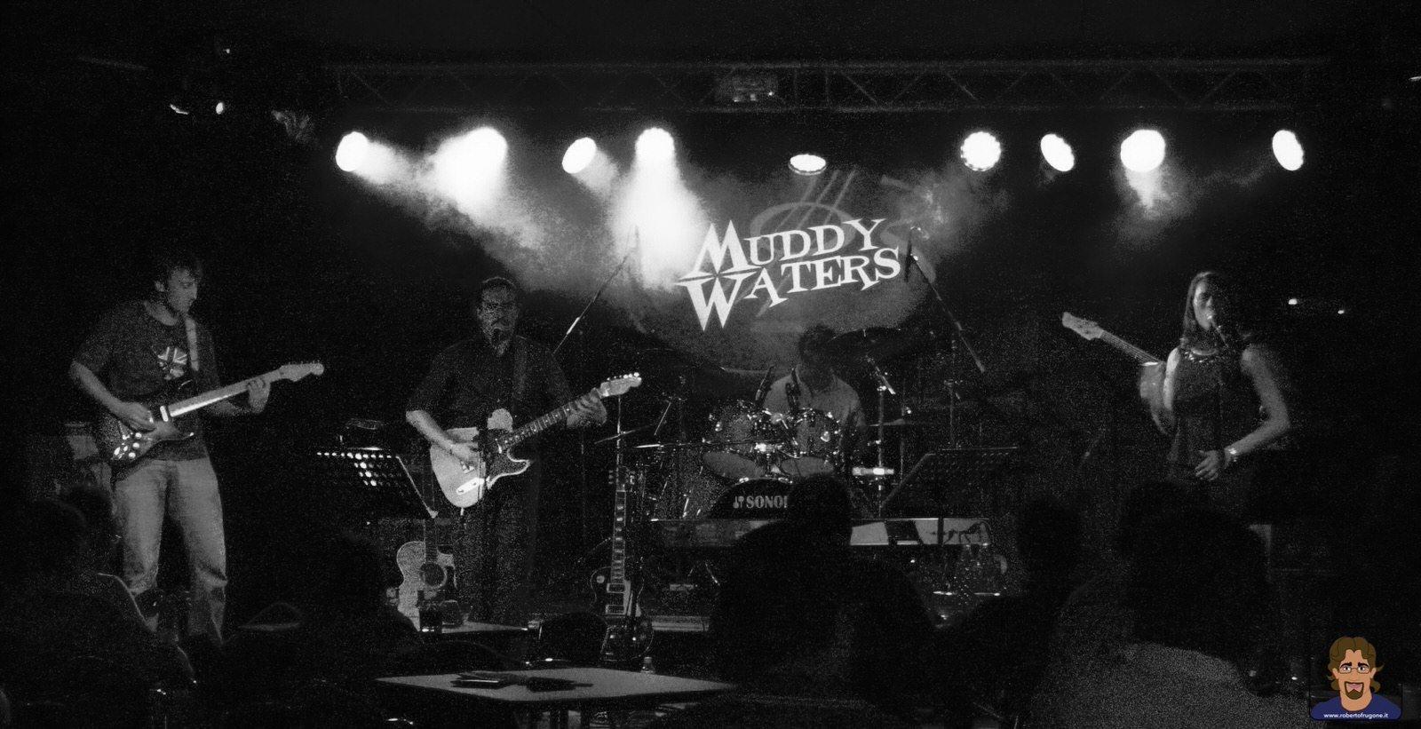 Roberto Frugone Band cantautore live concerto Calvari Muddy Waters 02