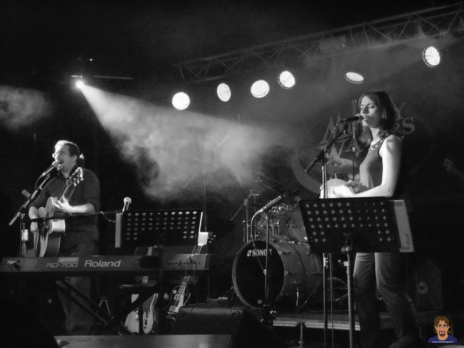 Roberto Frugone Band cantautore live concerto Calvari Muddy Waters 04