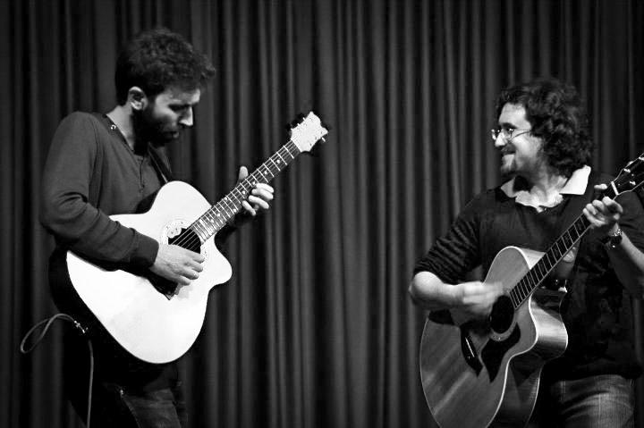Roberto Frugone cantautore live concerto acustico Padova Luca Francioso 02