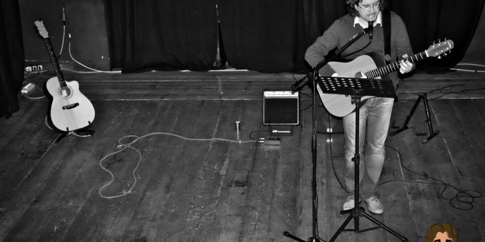 Copertina Reading, Concerti Solo e Collaborazioni Roberto Frugone