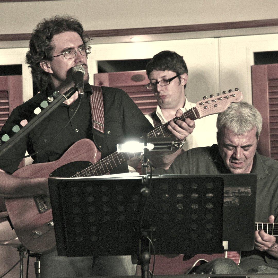 Roberto Frugone Band – Né asfalto né battistrada promo seppia 03