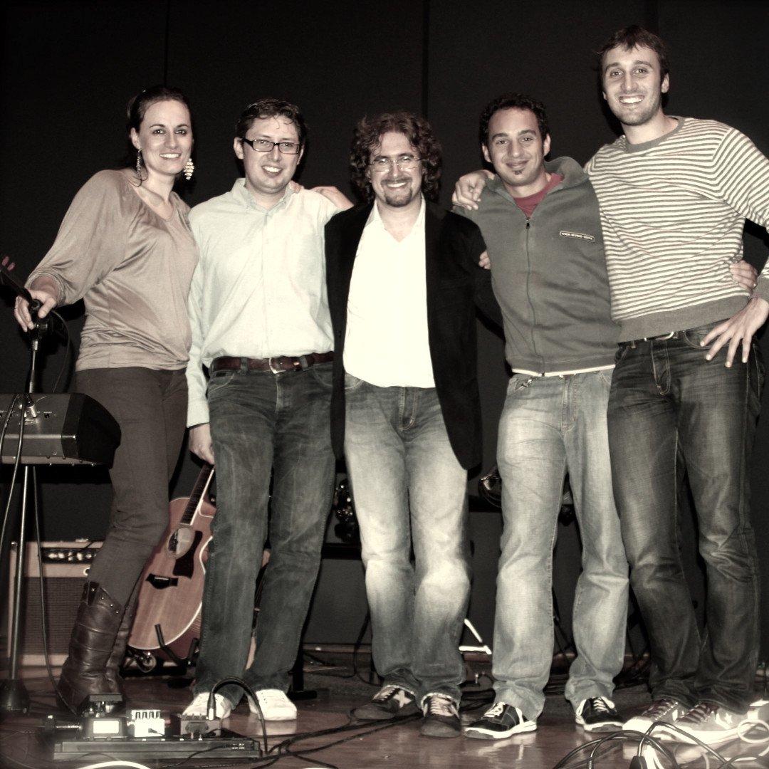 Roberto Frugone Band – Né asfalto né battistrada promo seppia 04